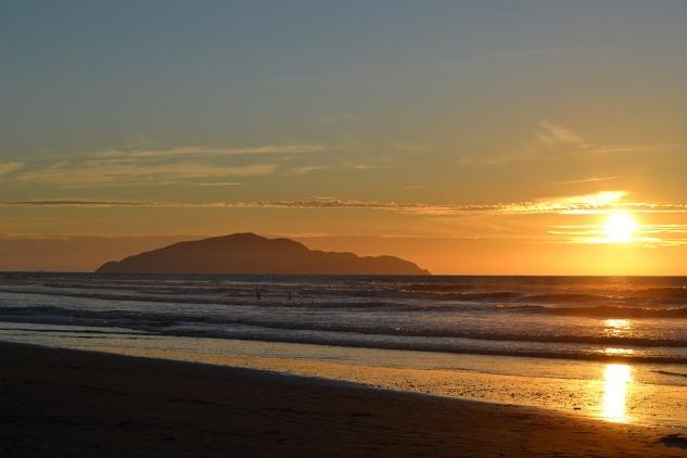 sunset-1171082_960_720.jpg